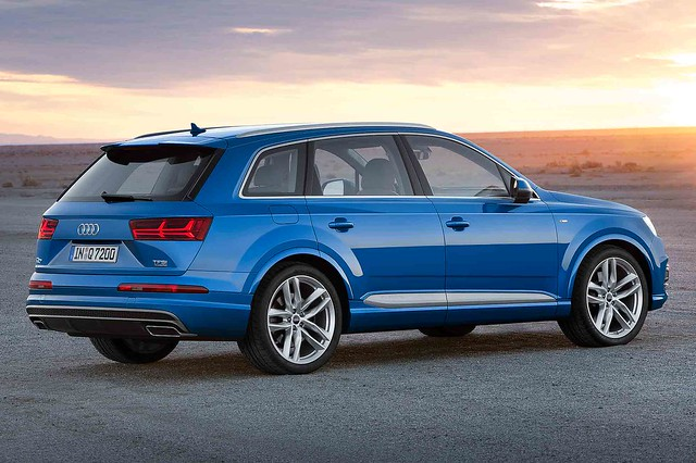 audi carwallpaper audiq72015