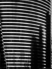 Black City Reflection (stef6.photo) Tags: windows blackandwhite bw paris france reflection building noiretblanc reflets immeuble ladfense reflects fentres netb