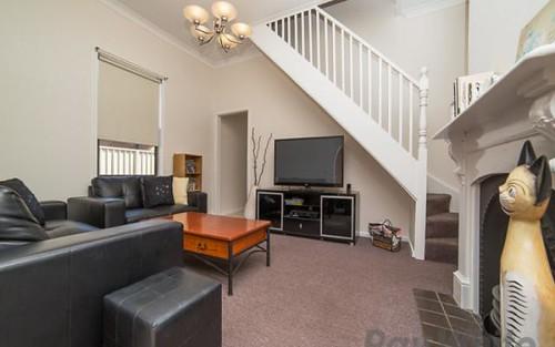 21 Lindsay St, Hamilton NSW 2303