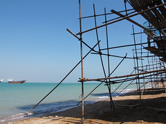 b.y.o.s  build your own ship  Iran, Qeshm (mohn_nika) Tags: ocean sea canon iran powershot nika g11 qeshm mohn