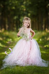 Little Princess (EmH Fotografie) Tags: girl canon glamour woods princess outdoor flash gown pocket wizards 100400l pocketwizards strobist isabeauprinsesmiestillo