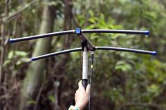 _TEF6561 (Edson Grandisoli. Natureza e mais...) Tags: antena colar sinal ona rdio amaznia vrzea equipamento mamirau onapintada regionorte rdiocolar