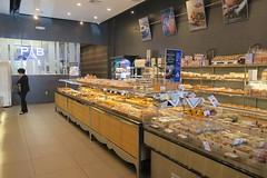 Paris Baguette (Riex) Tags: california paris cup caf french store magasin coffeeshop baguette bakery milpitas boulangerie gobelet g9x