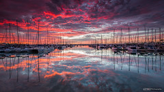 Manly Sunrise (basketballfreak6) Tags: light cloud colour reflection sunrise canon yacht australia filter queensland reverse grad 16mm nisi uwa singhray 5d3 1635lf4is