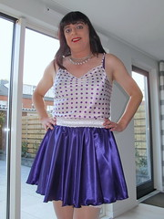 Purple Paula (Paula Satijn) Tags: hot sexy girl smile happy purple silk skirt tgirl transvestite satin miniskirt gurl silky