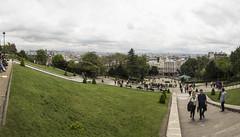 PARIGI. PANORAMA. (FRANCO600D) Tags: parigi paris francia panorama panoramica paesaggio scalinata salita tetti france fotocomposizione prato turisti turismo sacrocuore basilica basilicadelsacrocuore montmartre collina comuneparigina panchine canon eos600d sigma franco600d