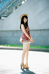 (I C E I N N) Tags: batis1885 carlzeiss e fe sony outdoor photoshoot asian girl moody smile gaze people urban portrait red white black tartan lace dress hat beige purse heels highheels sonya7ii ilce7m2 85mm f18 dof  ling