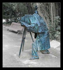 The Photographer Valladolid (MikeJDavis) Tags: spain valladolid sculpture cityscape artwork publicart eduardocuadrado