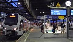 Abellio FLIRT ET25 2211 | Duisburg Hbf (OVNL) Tags: abellio ns nederlandse spoorwegen stadler flirt rb regionalbahn 35 duisburg wesel emmerich stoptrein