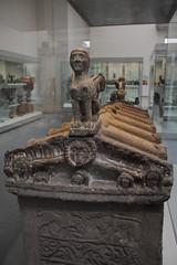 973Stone_sarcophagus--lidCarved_with sphinxes (queulat00) Tags: roma romanempire britishmuseum imperioromano sarcophagus sphinx esfinge sarcfago