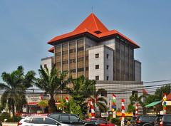 Samsat Gunung Sahari (BxHxTxCx (more stuff, open the album)) Tags: jakarta building gedung office kantor