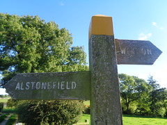 Path, Alstonefield/Wetton, Staffordshire (eamoncurry123) Tags: public footpath publicfootpath signpost alstonefield wetton hope marsh hopemarsh staffordshire