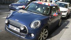 Mini (Jusotil_1943) Tags: 21102016 bandera granjack coche auto car bluecars