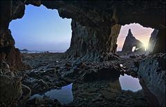 Cadavedo (jeanny mueller) Tags: cadavedo asturias asturien spain spanien espana kantabrien cantabrico atlantic atlantico cave playa beach nature seascape landscape sunrise sunset light rock hhle