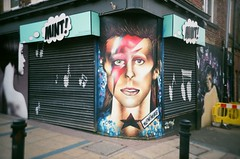Ziggy Stardust (iampaulrus) Tags: davidbowie filmisnotdead film lomo lomography paulfargher paulfargherphotography shopping shopwindow ziggystardust 35mm filmphotography lca photoexpresshull sheffield yorkshire art streetart graffiti painting mintsheffield mint