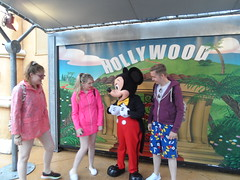 Disneyland Paris 2016 (Elysia in Wonderland) Tags: disneyland paris disney france theme park joe elysia lucy holiday 2016 meeting mickey mouse character meet greet