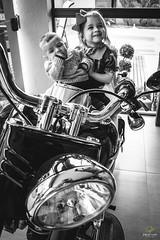 OF-Matheus-4meses-245 (Objetivo Fotografia) Tags: matheus acompanhamento beb famlia family baby sister irm brother irmo pai dad me mom mother father papai mame amizade tv television televiso casa home house madeira verde sorrisos smile moto motocicleta harley davidson harleydavidson mamar alimento leite