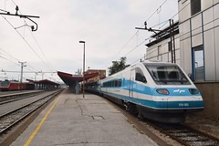 SZ 310 003 Maribor (eddespan (Edwin)) Tags: maribor trein train zug station bahnhof gare sloveni sz treinstel emu