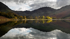 Buttermere afternoon light (alf.branch) Tags: refelections reflection buttermere lakes landscape lakedistrict lake lakesdistrict cumbria clouds cumbrialakedistrict calmwater westcumbria water westernlakes aquiry alfbranch olympus olympusomdem5mkii zuiko ziuko918mmf4056ed