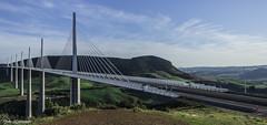 Viaduc de Millau (Nico photographies) Tags: bridge ciel 1855 monuments millau aveyron gorgesdutarn viaducdemillau autoroutes