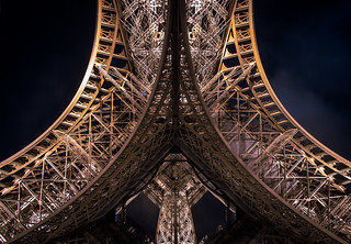 Eiffelcurves