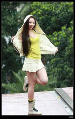 DP1U3006 (c0466art) Tags: girls light two portrait motion cold beautiful rain canon pose nice pretty day outdoor gorgeous figure attractive charming activity 1dx  c0466art