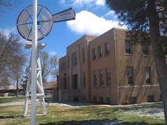 Hansford County Courthouse- Spearman TX (3) (kevystew) Tags: windmill texas courthouse courthouses spearman countycourthouse uscctxhansford hansfordcounty perkinswindmillcompany
