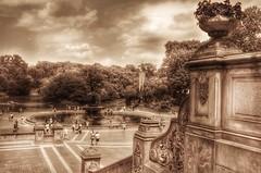 Bethesda Terrace - Central Park (Arnzazu Vel) Tags: park city parque urban usa newyork fountain centralpark manhattan fuente ciudades bethesdaterrace