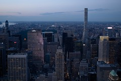 Looking North From the Observation Deck On the 86th Floor (Photographs By Wade) Tags: newyorkcity newyork evening centralpark manhattan empirestatebuilding observationdeck lookingnorth centralparkinthedistance