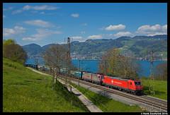 Crossrail 185 595, Einigen 29-04-2016 (Henk Zwoferink) Tags: bern cr henk thunersee 185 bombardier spiez traxx zwitserland 595 593 crossrail einigen ltschberg xrail zwoferink