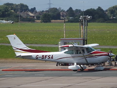 G-BFSA Cessna Skylane F182Q (Aircaft @ Gloucestershire Airport By James) Tags: gloucestershire airport gbfsa cessna skylane f182q egbj james lloyds