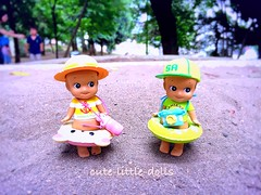 """""""Here we are!!"""" :D (cute-little-dolls) Tags: sonnyangel summer minifigure toy sand"""