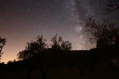 Atalayas (Pepe Ortuo Laguia) Tags: cielo yecla murcia atalayas monte vialactea estrellas firmamento galaxia