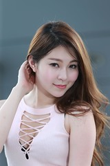 DP1U2017 (c0466art) Tags: sweet uth taiwan showgirl  pretty face good figure sexy cloth long leg pose action charming attractive outdoor portrait light canon 1dx c0466art