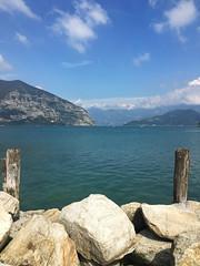 (Paolo Cozzarizza) Tags: italia lombardia brescia iseo acqua lago lungolago panorama pietra