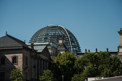 Berlin-36 (georgsteph) Tags: berlin kanzleramt auto
