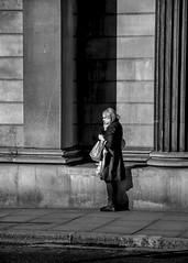 Never alone (London Lights) Tags: londonlights neveralone london lights londres londra blackandwhite monochrome noiretblanc