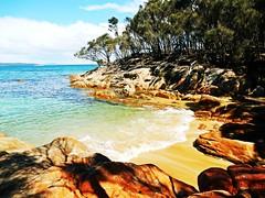 Cove near Hazard beach - Tasmania - Australia (pacoalfonso) Tags: pacoalfonsocom travel australia tasmania hazard beach wineglass bay cove nature landscape wild