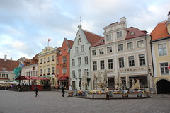 Plac Ratuszowy (magro_kr) Tags: tallinn estonia eesti harjumaa plac rynek kamienica dom budynek architektura market square house building architecture