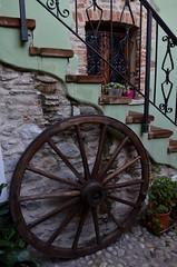 Toirano (14) (Pier Romano) Tags: toirano savona liguria entroterra riviera ligure ruota wheel borgo antico paese old town