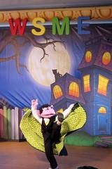 Sesame Place - The Not-Too Spooky Howl-o-ween Radio Show (wallyg) Tags: thenottoospookyhowloweenradioshow sesameplace sesamestreet themepark amusementpark pennslvania buckscounty langhorne thecount show halloweenspooktacular thecountvoncount paradisetheater