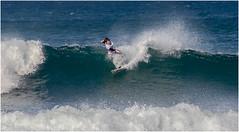 Jon en el sitio-sopelana 2 (juan luis olaeta) Tags: photoshop canon surf olas bizkaia bao euskalherria playas paisvasco sopelana sigma70300 uribekosta kostaldea elsitio