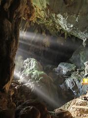 "Grotte de Tham Phu Kam <a style=""margin-left:10px; font-size:0.8em;"" href=""http://www.flickr.com/photos/83080376@N03/15912779945/"" target=""_blank"">@flickr</a>"