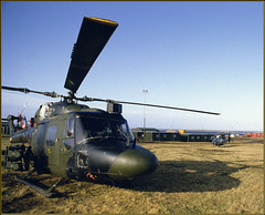 Falklands Archive - Westland Lynx QRF Gunship (Hector Patrick) Tags: pentax transport pentaxk1000 helicopters falklandislands gunship armyaircorps goosegreen eastfalkland westlandlynx