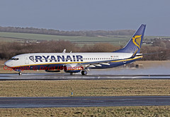 EI-FEF (David Unsworth (davidu)) Tags: glasgow aviation boeing ryanair prestwick pik boeing737800 ryr davidunsworth daviduair boeing7378md 7378md b7378md eifef