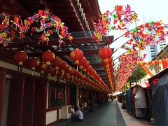 Buddha Tooth Relic Temple & Museum #1 in China Town (Fuyuhiko) Tags: china museum tooth temple town singapore buddha 4 relic