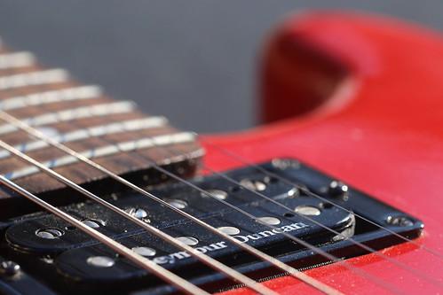 red_guitar_6D1568