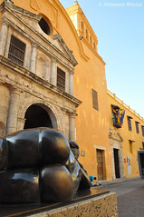Botero and Church, Cartagena de Indias, Colombia (anyroadtakeyou) Tags: art church southamerica colombia arte iglesia cartagena botero sudamerica