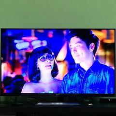 """คืนนี้ ขอนอนดูหนังเรื่อง """"ความลับนางมารร้าย"""" ศึกษานิสัยผู้หญิงนิดนึง ฮาดีนะ 555"""