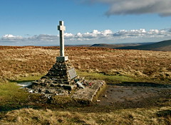 Polish Memorial - Buckden Pike (picqero) Tags: travel england mountains outdoors memorial yorkshire wwii poland worldwarii